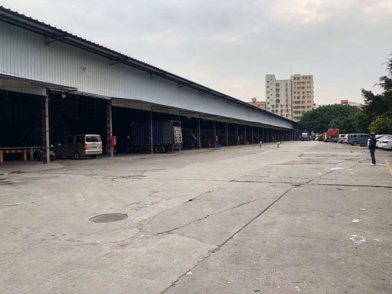 石岩汽车站附近新出独院单一层钢构5000平方厂房物流仓库出租