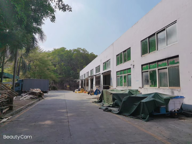 观澜新田白鸽湖新出原房东700平,高度8米钢结构厂房仓库出租