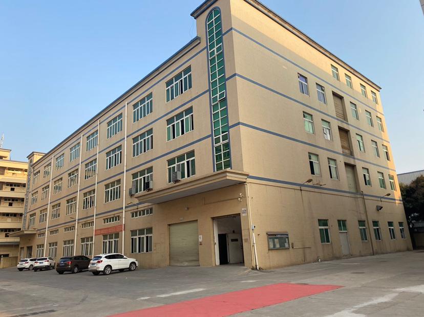 会展中心附近独门独院厂房仓库43000平方出租,红本产权!