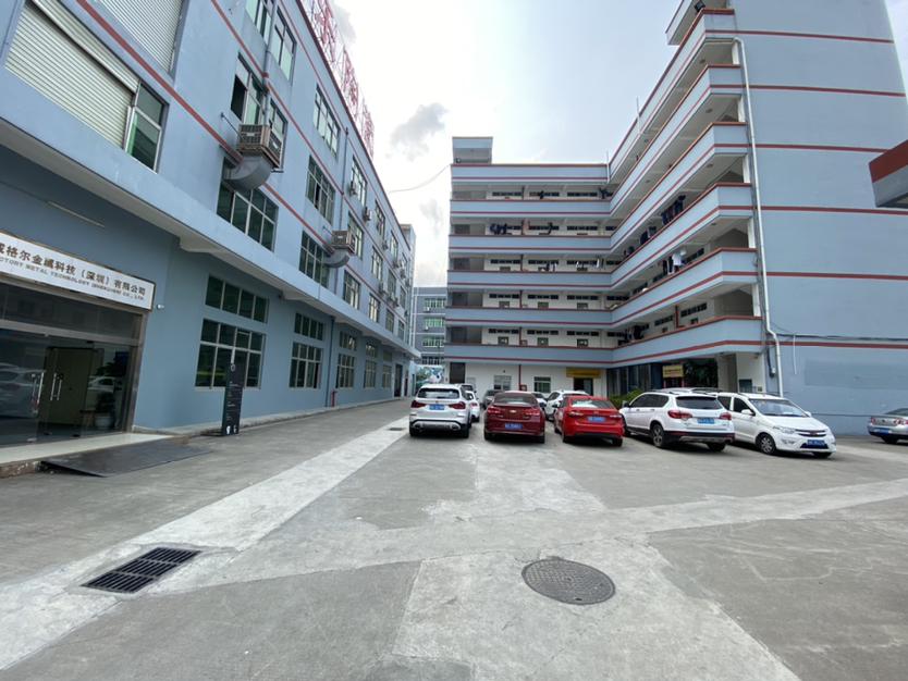 平湖地铁口附近二楼438平厂房出租可做电商仓库
