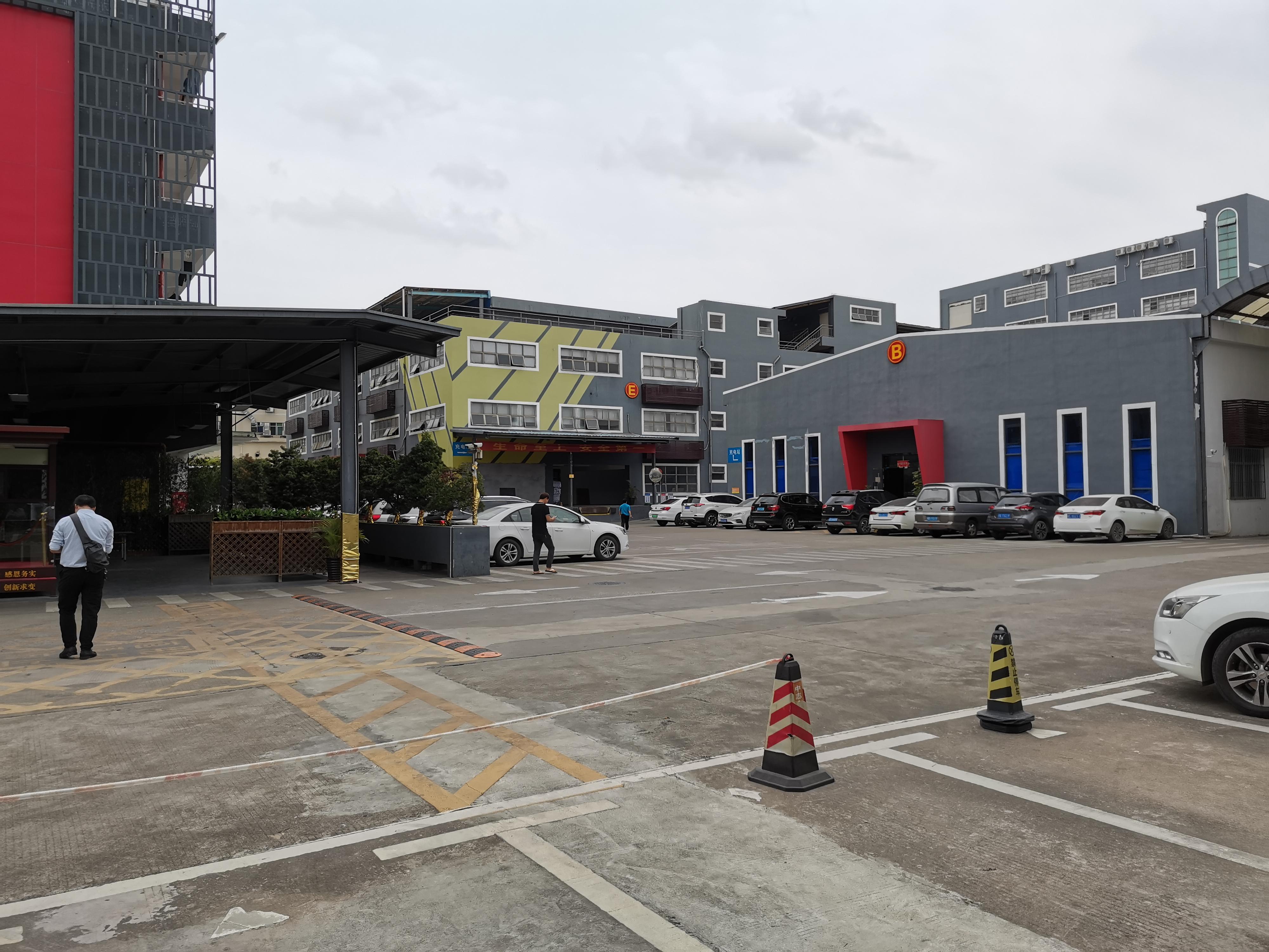 观澜樟阁新出厂房260平厂房可做办公仓库出租