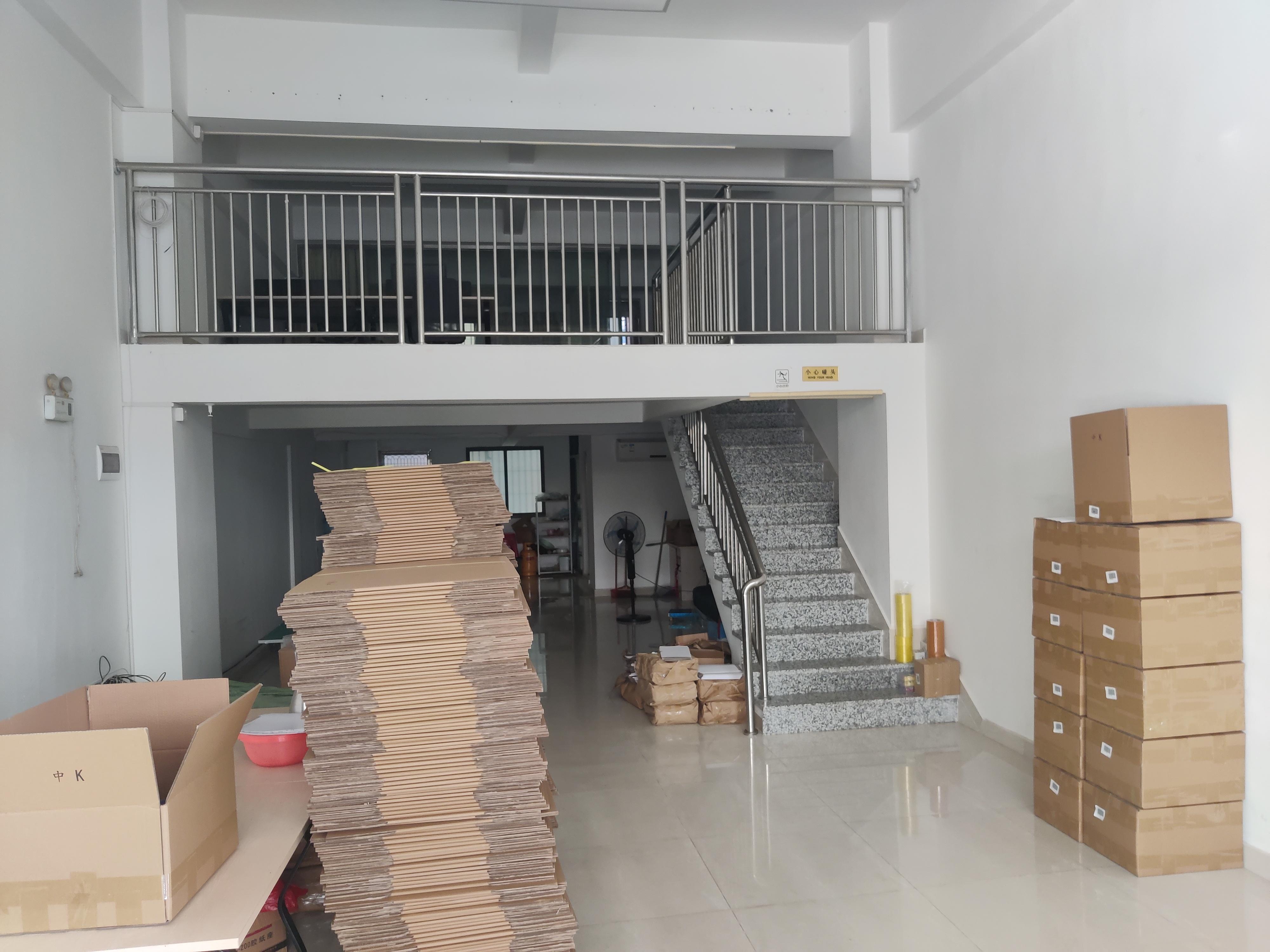 龙岗嶂背原房东一楼办公仓库厂房出租带装修带空调给钱就租