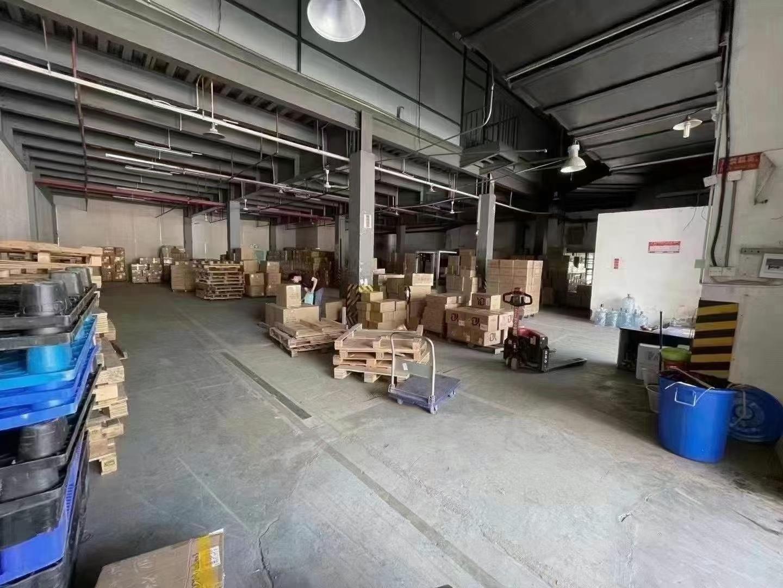 龙岗坂田新出一楼1000平带卸货平台厂房仓库出租