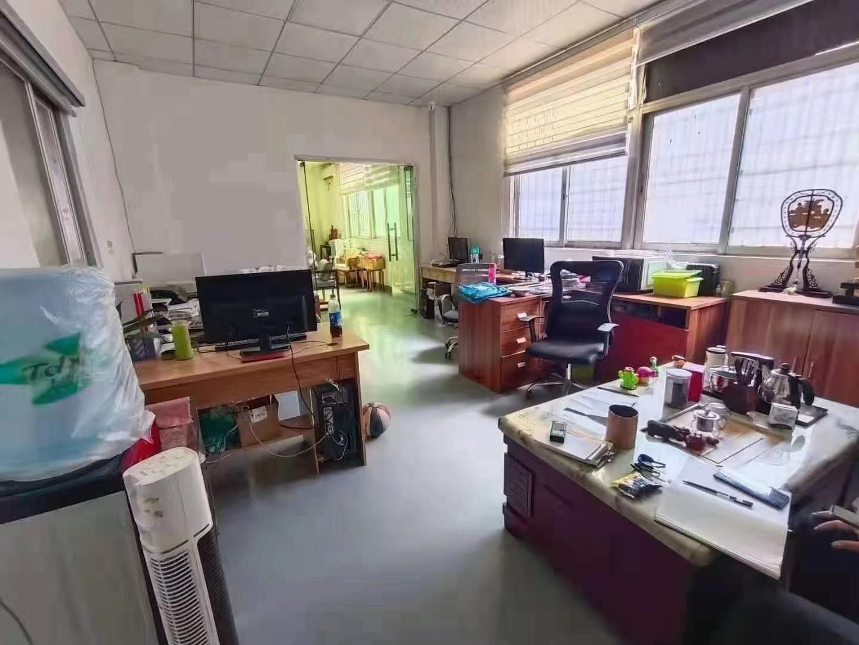 观澜红本高新工业园区、精装修,办公室仓库一起,面积900平方