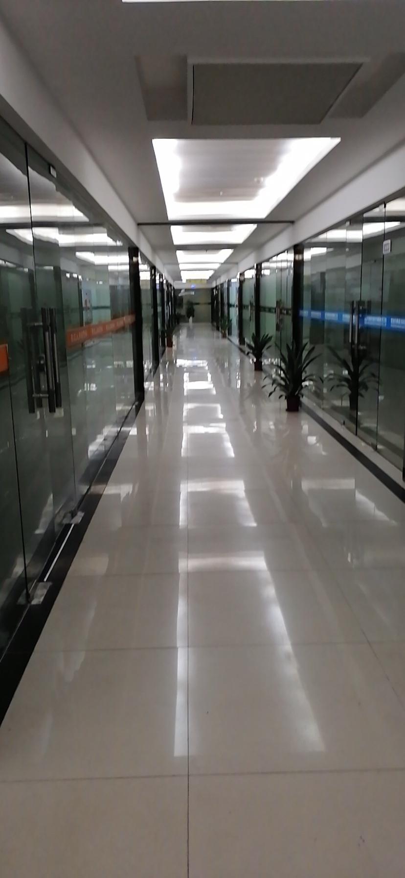 精装修办公室仓库出租,地理位置优越