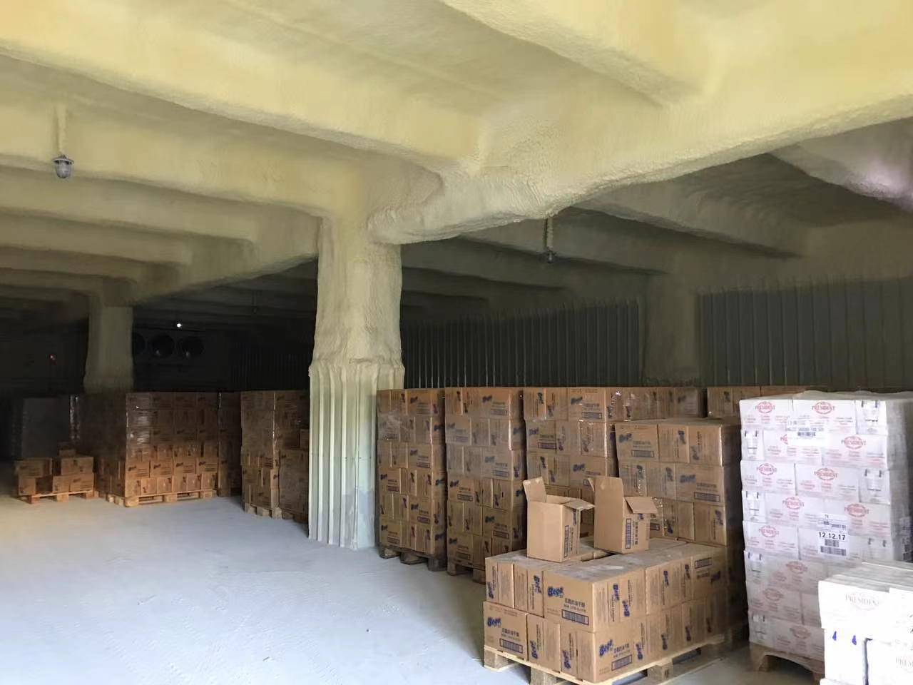 平湖街道白泥坑一楼厂房冷库仓库3000平米出租500平米起分