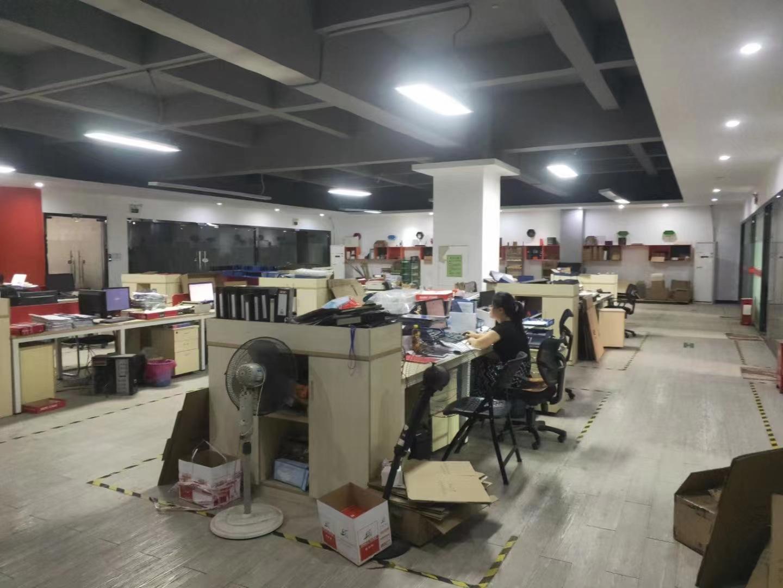 观澜大和新出楼上200平精装修花园式厂房仓库出租