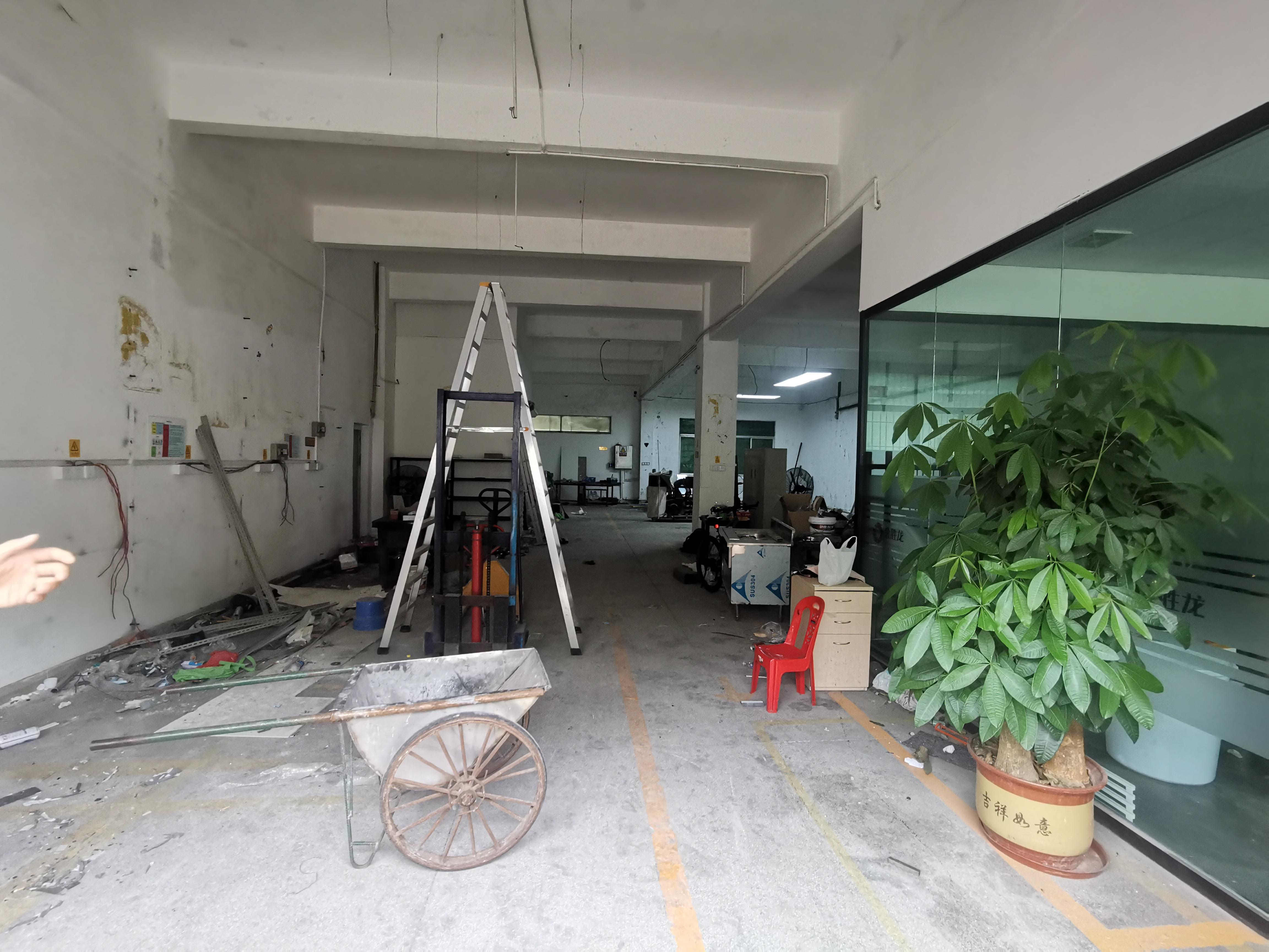 观澜樟坑径新出一楼500平带办公室重工业厂房仓库出租