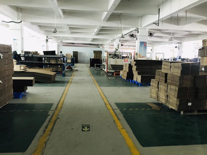 深圳市龙华观澜环观南路樟坑径楼上生产电商仓库1000平厂房