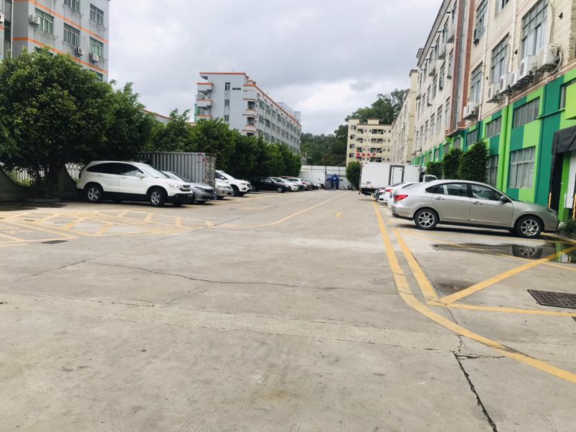 深圳市龙华区观澜镇桂花一楼小面积600平带办公室装修仓库厂房