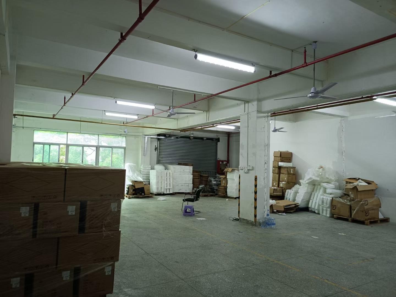 3楼400㎡办公+生产+仓库栋3楼