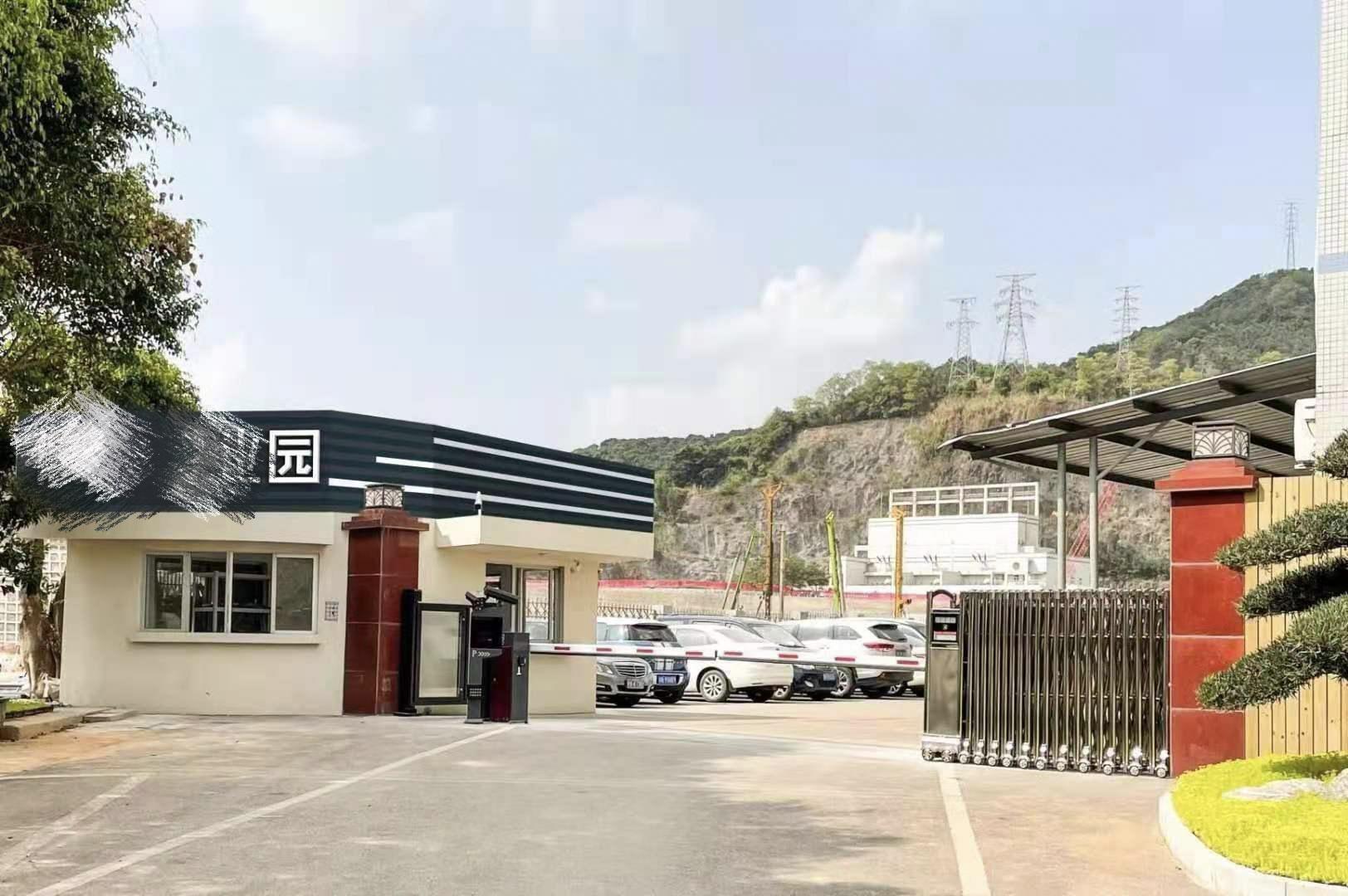 南山区西丽阳光工业区原房东整层1780平方带装修厂房仓库出租