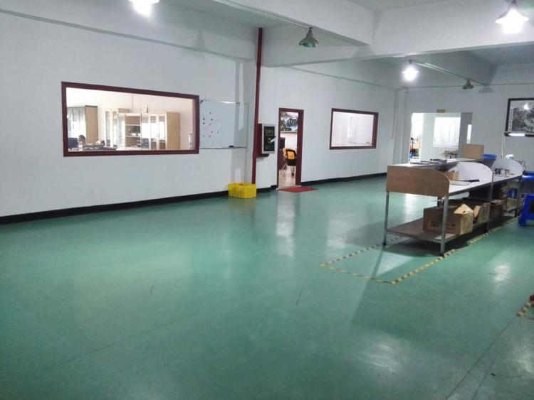 清溪镇新出标准一楼带现成办公室装修厂房出租