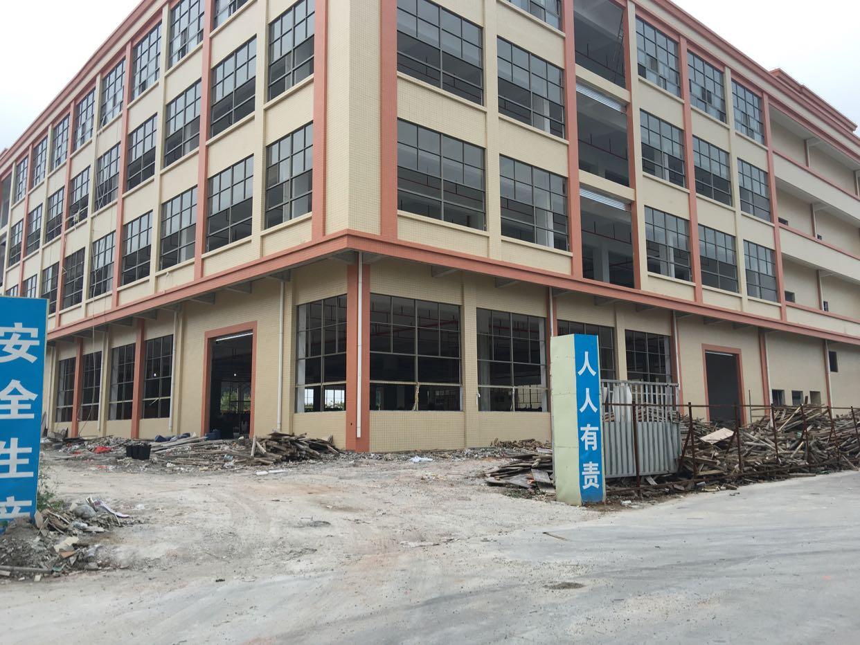 茶山全新厂房12000平方三层