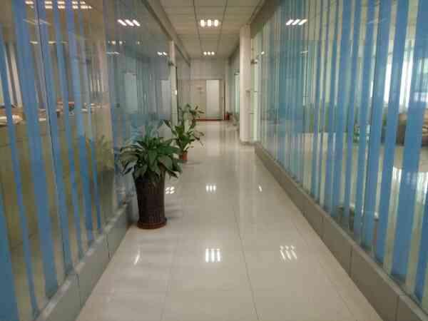 福永新和附近楼上装修1500平米厂房出租