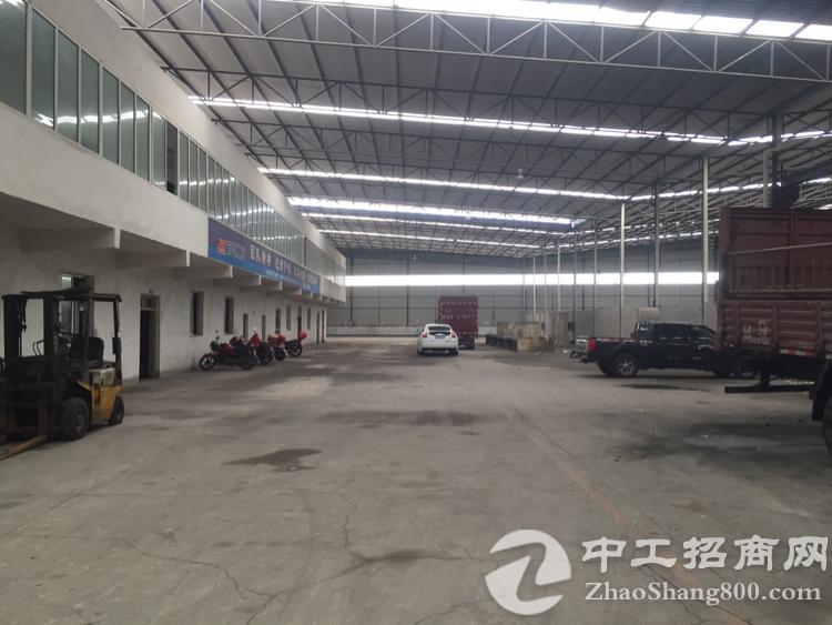 出租北碚歇马4000平米钢结构厂房