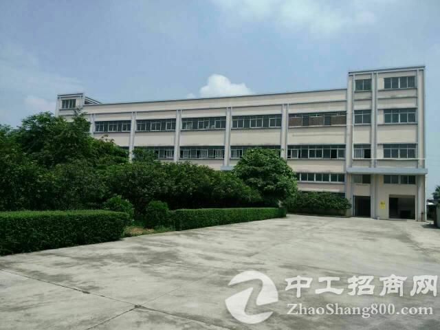 万江新谷涌1-3层6300平米标准厂房出租,独门独院空地大