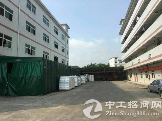 坑梓老坑工业区新出标准厂房一楼760平米