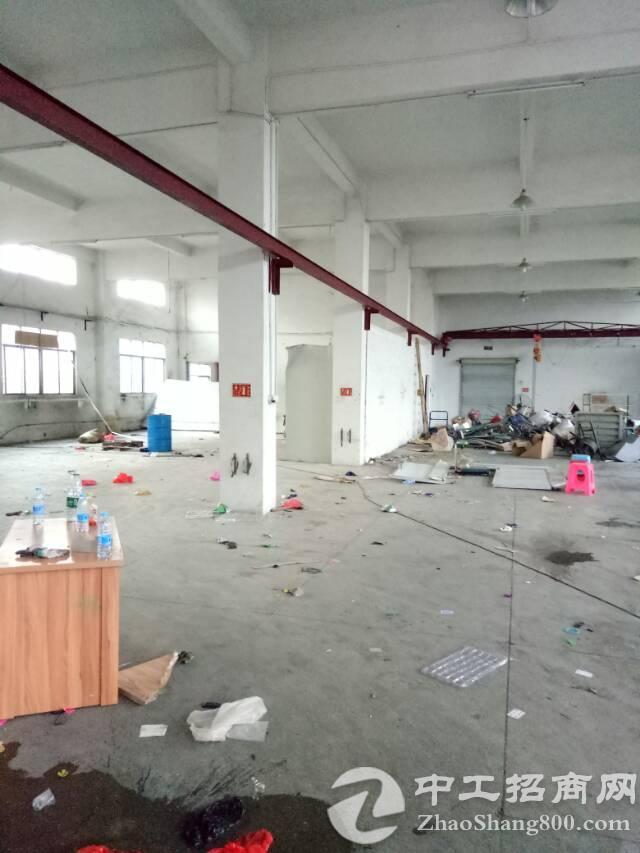 坪山新区坑梓老坑工业区一楼700平方