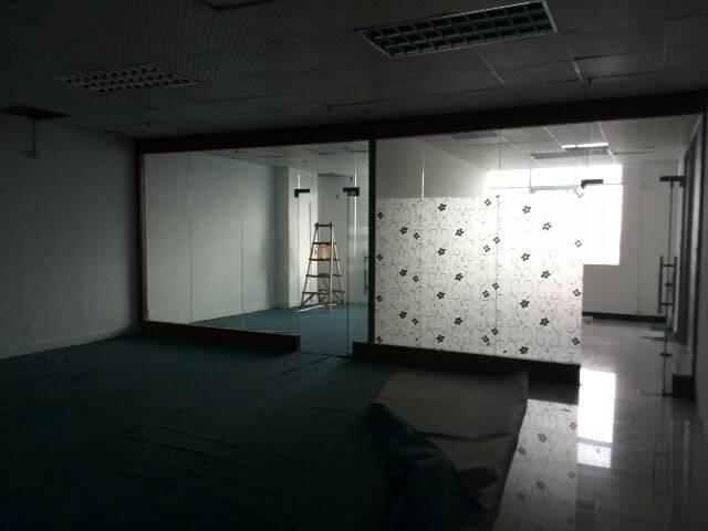 龙华大浪同富裕商业中心附近带精装厂房180平招租