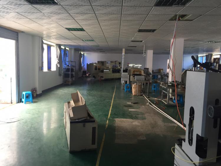 西乡黄麻布新出830平米带装修厂房