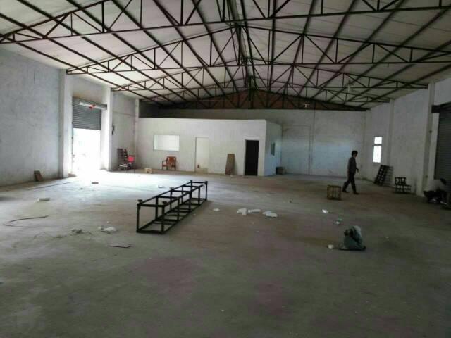 黄江镇刁朗村新空出铁皮房400平+标准厂房300适合贸易仓库
