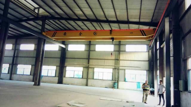 【10吨行车】公明龙大高速出口10米钢构3900平米