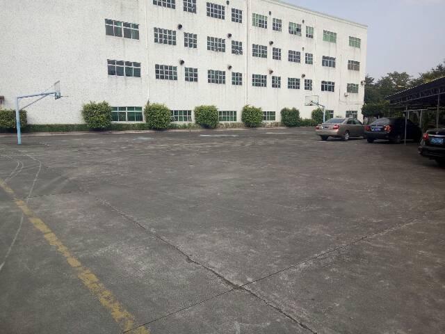 福永宝安大道独院1-4层15000平米厂房出租