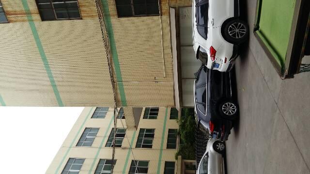 福永凤凰景业坊科技园一楼680平米厂房出租