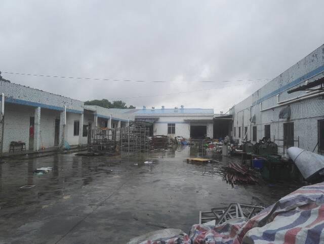坪山横坪公路旁2400平米独院钢构厂房出租