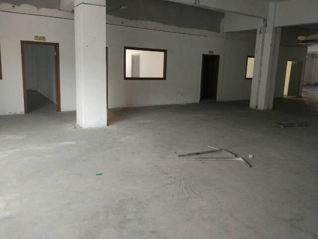 松岗大田洋新出楼上厂房1450平方米低价招租