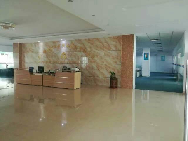 福永和平新出楼上2000平方豪华装修厂房出租