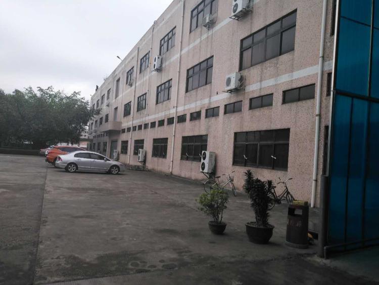 坪山新区坑梓标准一楼6米高1000平米出租