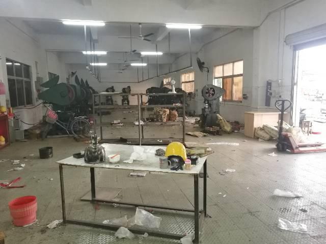 清溪渔梁围一楼厂房500平米低价急租!
