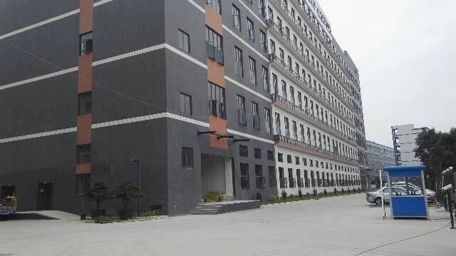 松岗107国道附近全新厂房出租一楼2000平方可以分租-图3