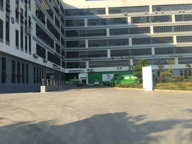 沙井高速出入口附近,全新厂房大小分租,整层2300平