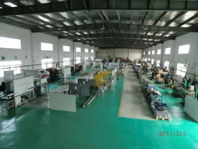 深圳市龙华新出单一层独院厂房2300方-图3