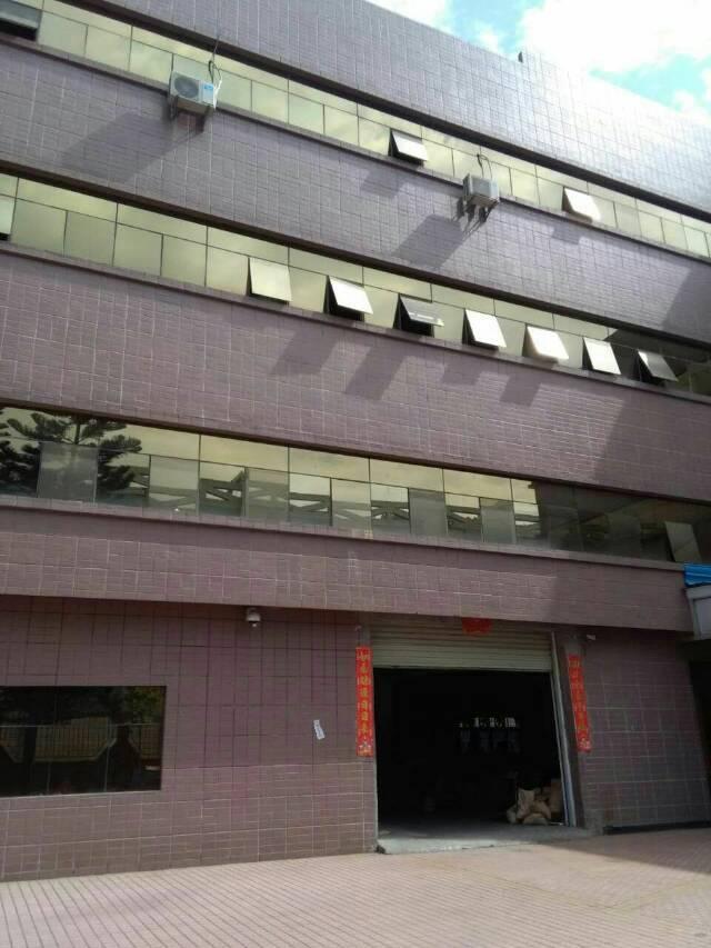 大朗镇成熟工业区独院标准厂房分租三楼1500平米,带地坪漆