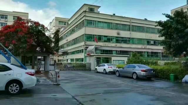 沙井高速出口独栋3楼一整层3000平方精装修厂房