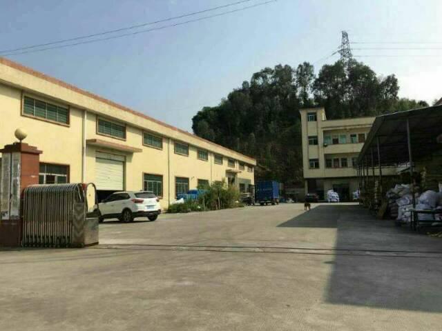 东莞市石排镇9成新独院两栋单一层厂房出租