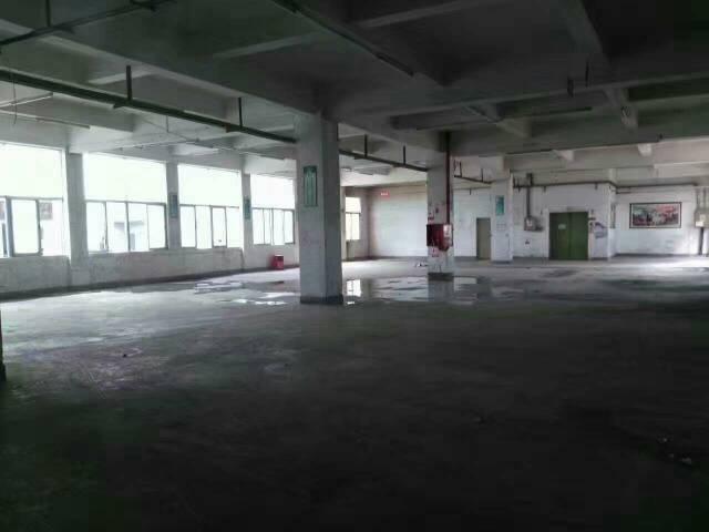 出租平湖1200平米厂房出租