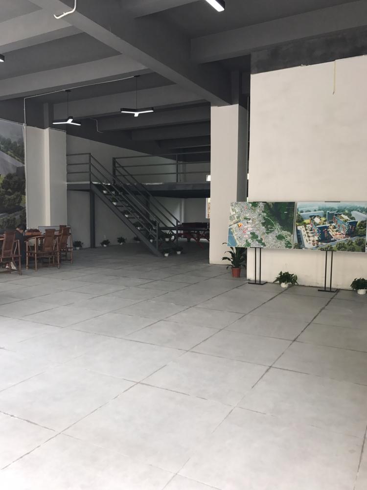 西乡固戍地铁站6000平方