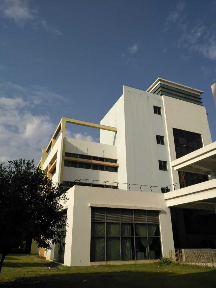 东莞横沥标准全新厂房4600平方