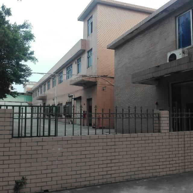 企石镇砖墙砖顶一层小独院2000平方(滴水高度7米)