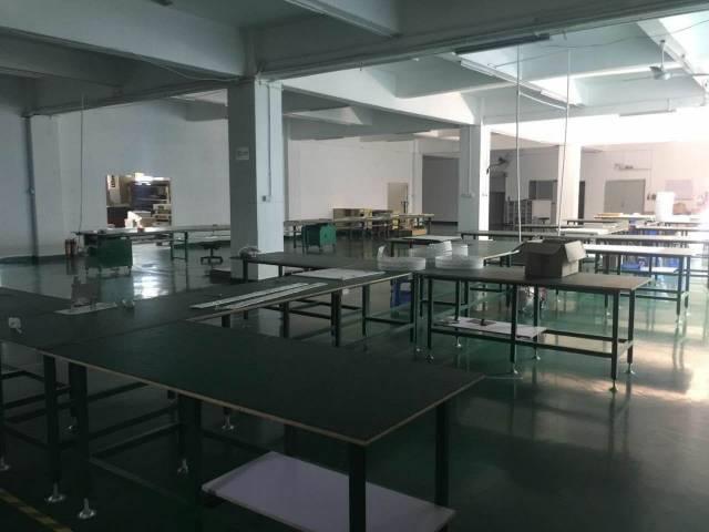 西丽大型科技园整层2505带装修厂房招租