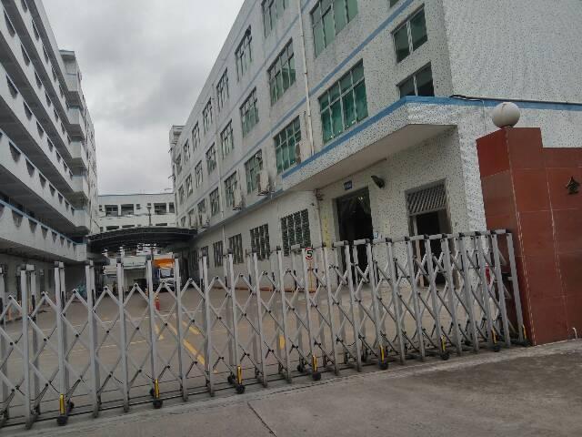 平湖华南城高速出口1000平方厂房急租价格15块钱