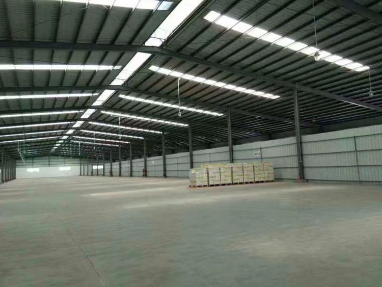 平湖新出10800平带卸货平台9米高仓库出租