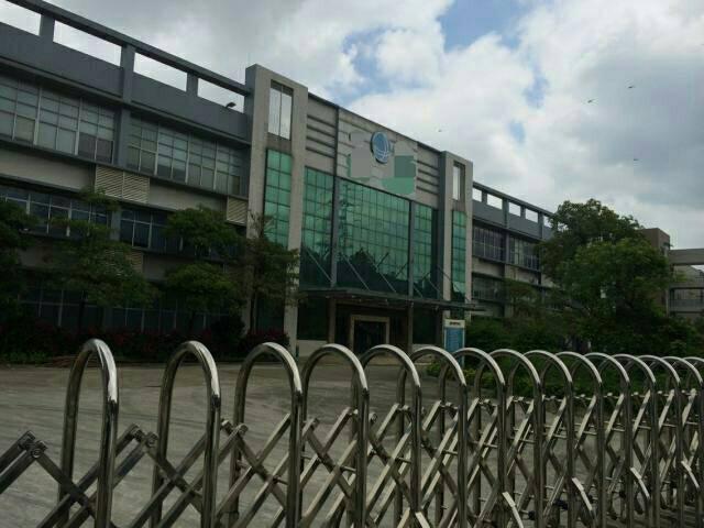 中堂镇独院超大空地钢结构5000平方出租,带行车,