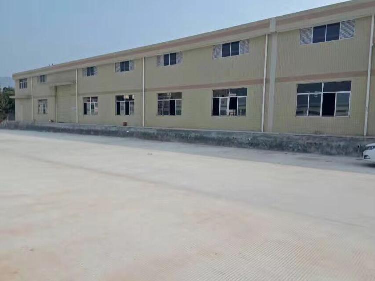 凤岗镇永盛大街边独院钢结构厂房8500平方米出租