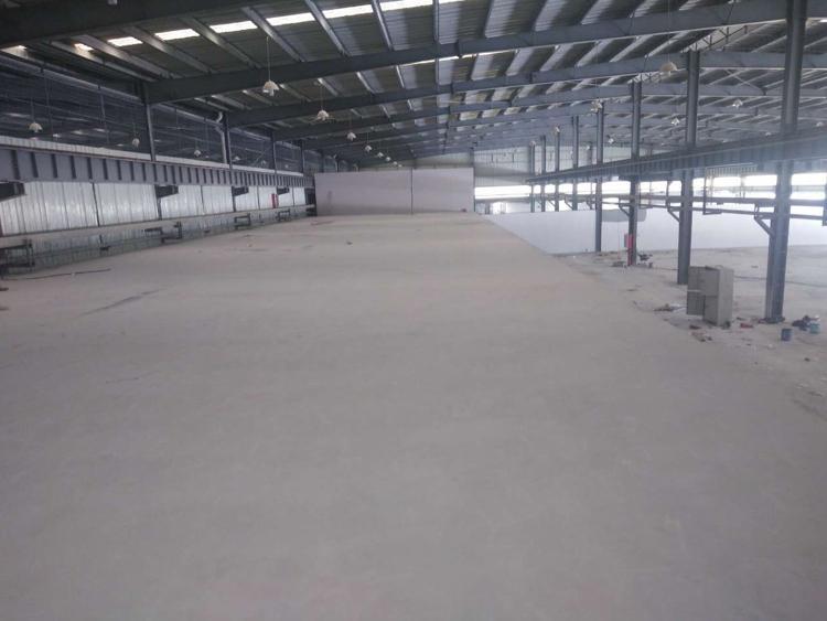 坂田五和地铁口附近大型钢结构约2万平方可分租